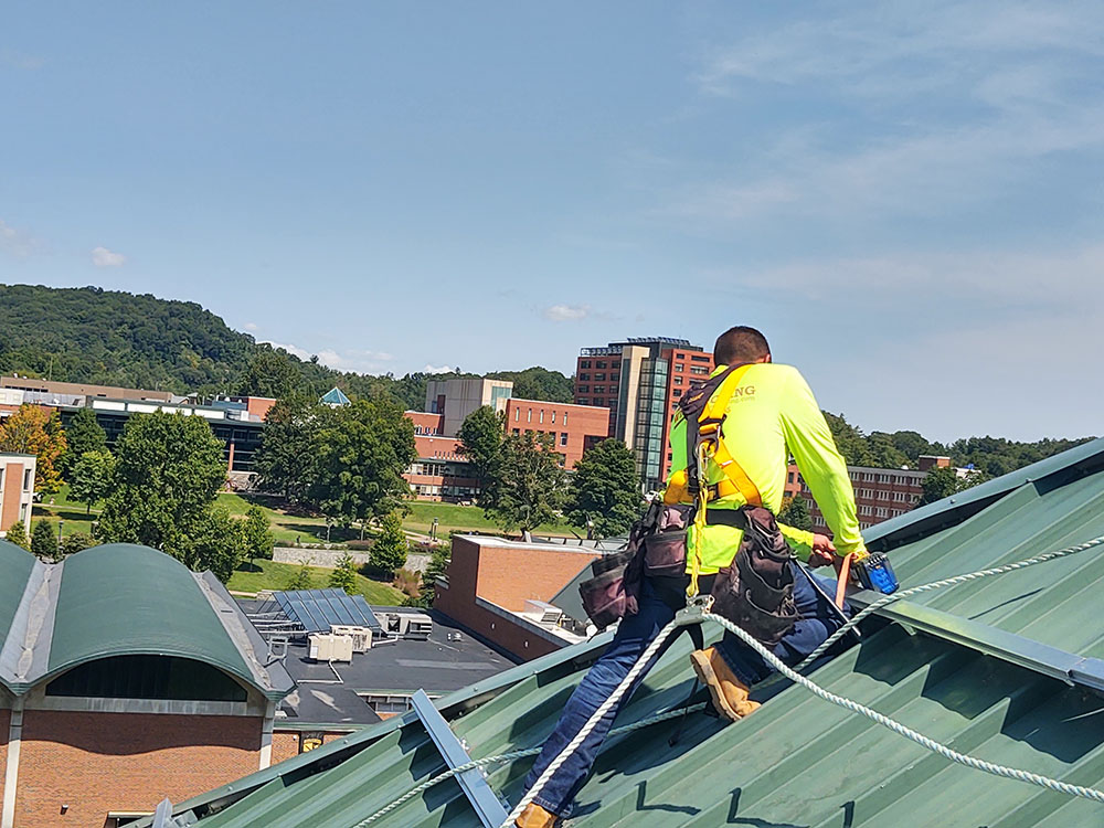 commercial roofing hat channel app state